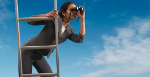 Woman-with-binoculars
