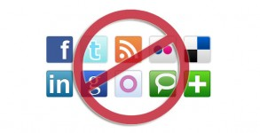 social-media-restrict-sized